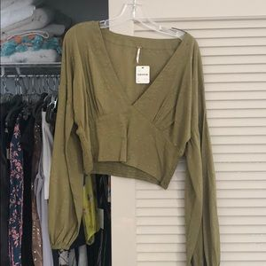 Long sleeve cropped freepeople top